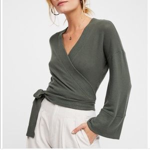 Free People Wrap Me Up Pullover Medium